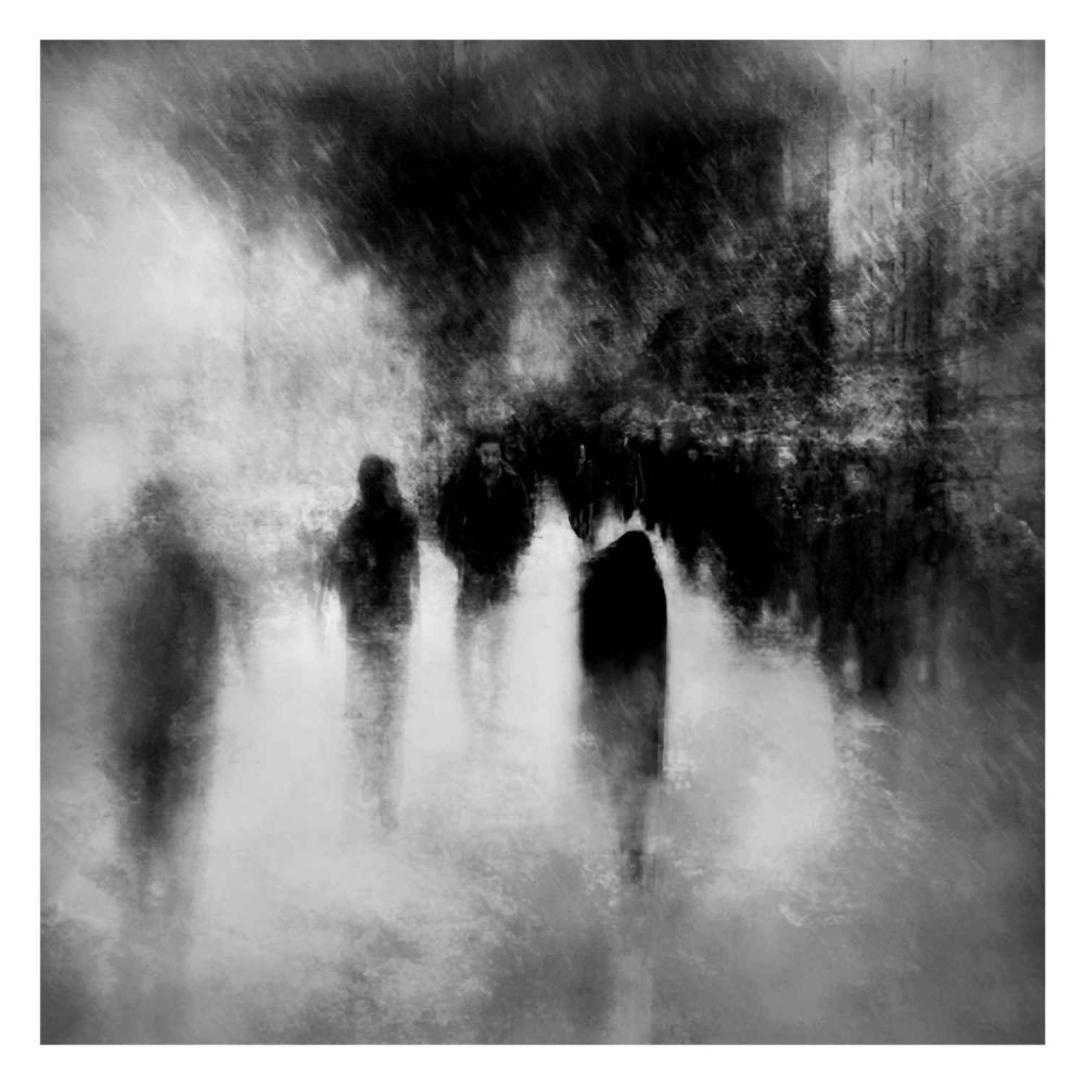 Adrift in a sea of beings © Daragh Walsh Kennedy